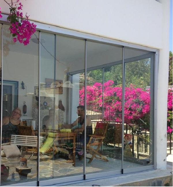 bks cam balkonları