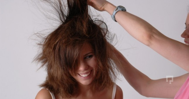 Kuru Saç Bakımı Nasıl Yapılır?