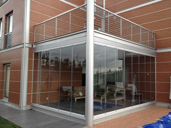 modern cam balkon